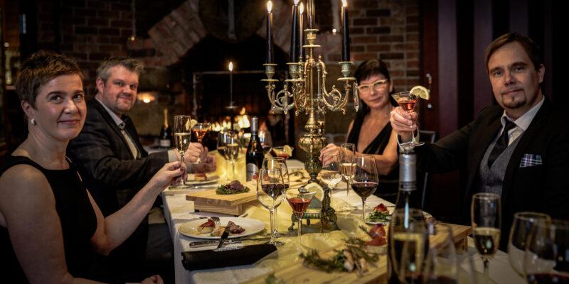 Tilauslounaat- ja illalliset